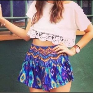 Millau |  Aztec flowy shorts purple blue